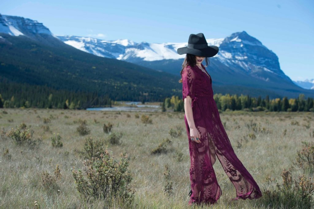 Nicole Wade Photography – Charlsey in the Wine Westin Lace Dress
